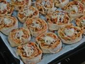 Yufkalı Rulo Pizza