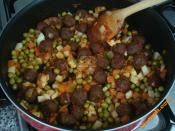 Misket Köfteli Sebze Yemeği