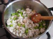 Fırında Tavuklu Sebzeli Güveç