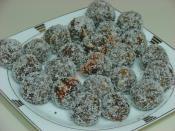 Elmalı Bisküvi Topları