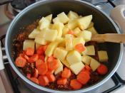 Kıymalı Havuçlu Patates Yemeği