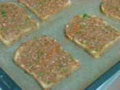 Ekmek Üstü Lahmacun