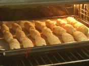 Hazır Yufkadan Peynirli Kruvasan Börek
