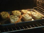 Fırında Maydanozlu Ekmek Dilimleri