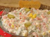 Yoğurtlu Garnitür Salatası