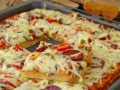 Tepsi Pizzası