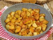Tavada Baharatlı Patates Kızartması