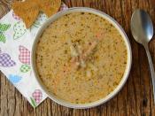 Kıymalı Erişte Çorbası