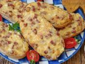 Fırında Peynirli Sucuklu Ekmek