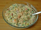Garnitürlü Tavuk Salatası