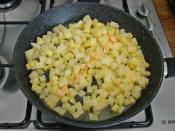 Salçalı Patatesli Yumurta
