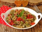 Pişmiş Soğan Salatası