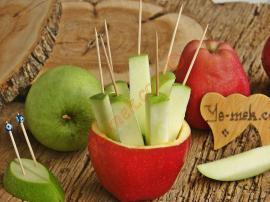Atıştırmalık Elma Çubukları