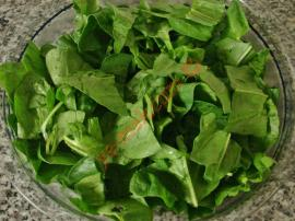 Spinach Salad With Walnuts Recipe