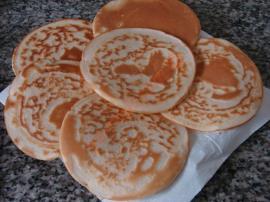 Vişne Reçelli Pankek