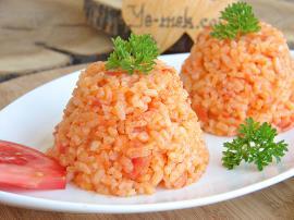 Domatesli Pirinç Pilavı Nasıl Yapılır?
