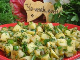 Taze Soğanlı Patates Salatası