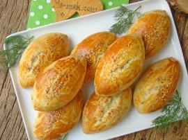 Peynirli Dereotlu Pastane Poğaçası