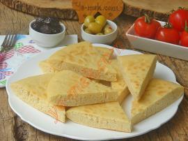 Ne Fırına Ne de Mayaya Gerek Yok (Yapması En Kolay Ekmek) : Mayasız Tava Ekmeği