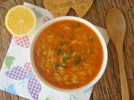 Sebzeli Arpa Şehriye Çorbası
