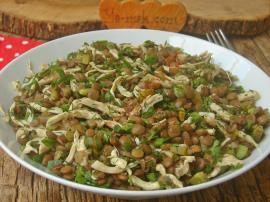 Tavuklu Mercimek Salatası Nasıl Yapılır?