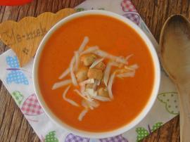 Sütlü Domates Çorbası Nasıl Yapılır?