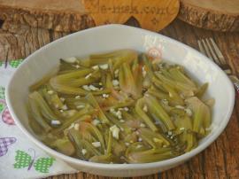 Ispanak Kökü Salatası