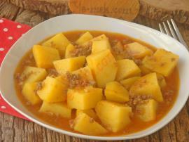 Sulu Patates Yemeği