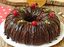 Vişneli Çikolatalı Kek