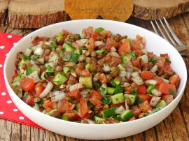 Mercimekli Çoban Salatası