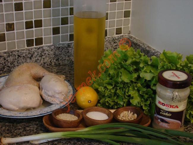 Tahinli Tavuk Salata Malzemeleri