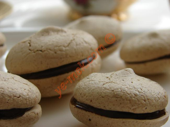 Çikolatalı Bezeler Resimli Yemek Tarifi