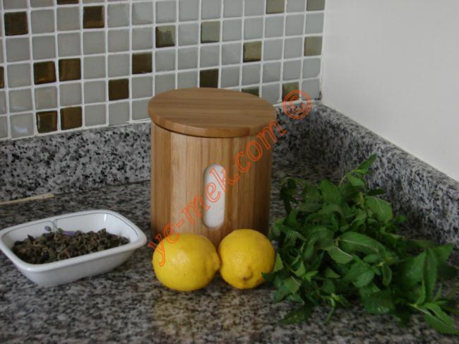Limonlu Ice Tea (Yeşil Çaylı) Malzemeleri