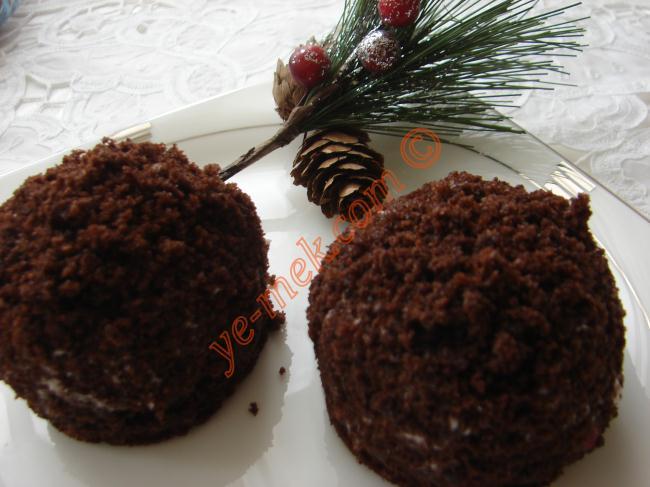 Mini Köstebek Pastalar Resimli Yemek Tarifi