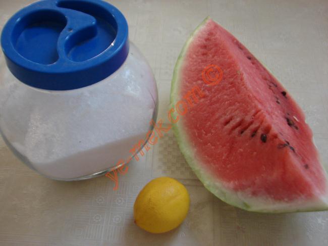 Limonlu Karpuz Suyu Malzemeleri