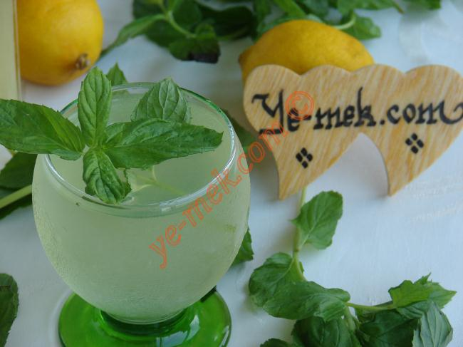 Limonlu Şerbet
