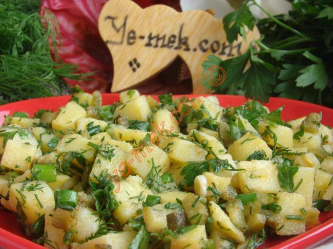 Yedikçe Yedirten, Nefis Bir Salata : Patates Salatası