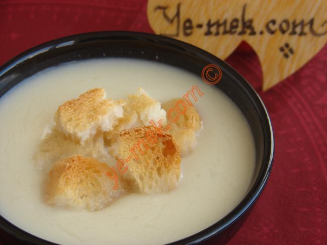 Evde Karnabahar Çorbası Nasıl Yapılır