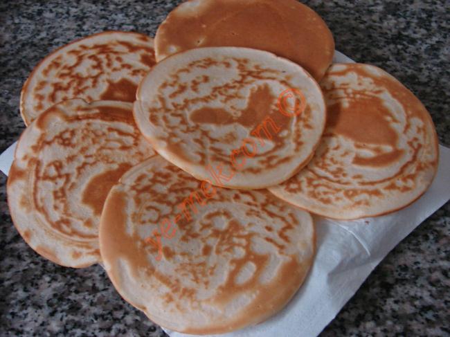 Pancake Recipe | Recipes (From Turkish Cuisine) In English
