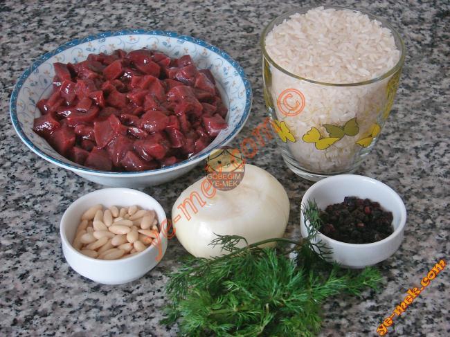 Ciğerli İç Pilav Malzemeleri