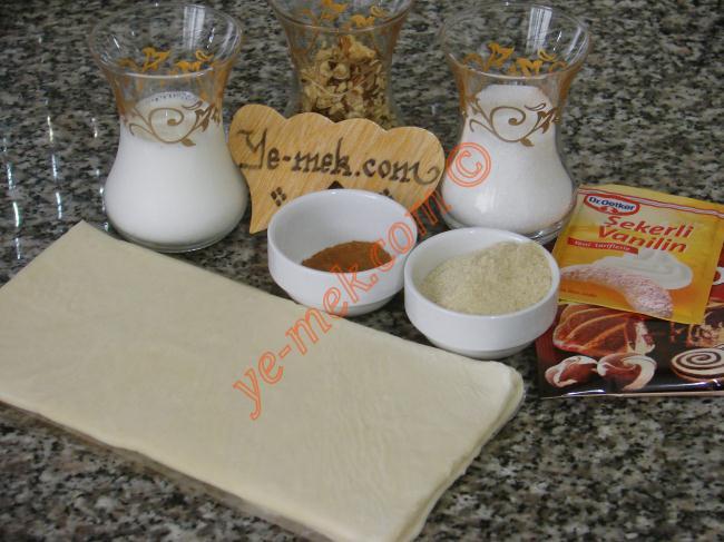 Milföyden Ay Çöreği Malzemeleri