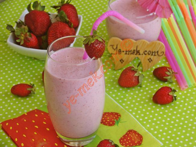 Pratik Çilekli Milkshake