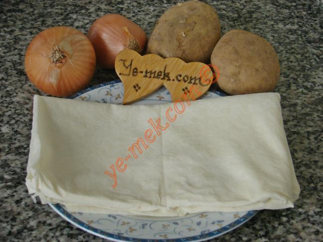 Fırında Patatesli Muska Böreği Malzemeleri