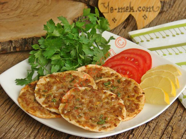 Mini Lahmacun Recipe | Recipes (From Turkish Cuisine) In ...