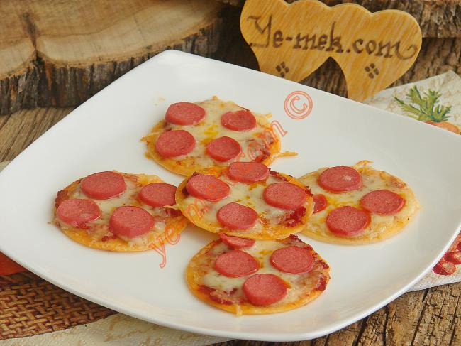Kolay Tortilla Pizza Tarifi