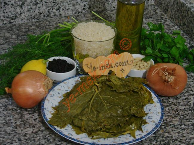 Zeytinyağlı Yaprak Sarması Malzemeleri