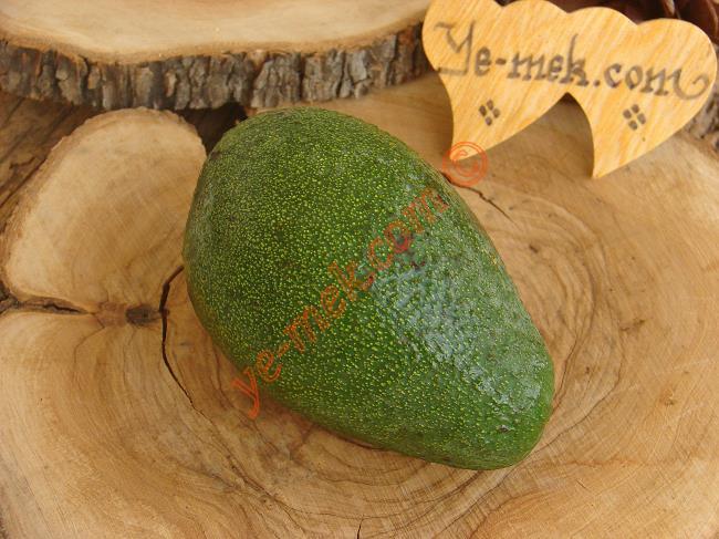 Avokado Nasıl Soyulur İçin Gerekli Malzemeler :  <ul> <li>Avokado</li> </ul>