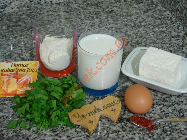 Kahvaltılık Peynirli Pofuduk Pankek Malzemeleri