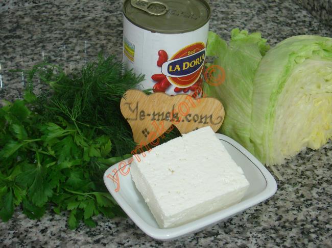 Peynirli Meksika Fasulyesi Salatası Malzemeleri