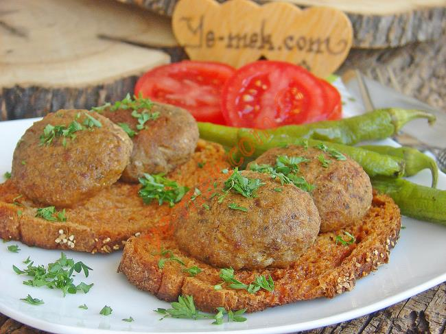 Wet Meatballs On Bread Recipe